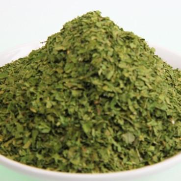 Petersilienblätter gerebelt, 1-2 mm. Kontrollierte Qualität 50g